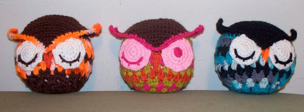 """""""Rupert amigurumi owl group"""" by Crafterella is licensed with CC BY-NC-SA 2.0. To view a copy of this license, visit https://creativecommons.org/licenses/by-nc-sa/2.0/"""